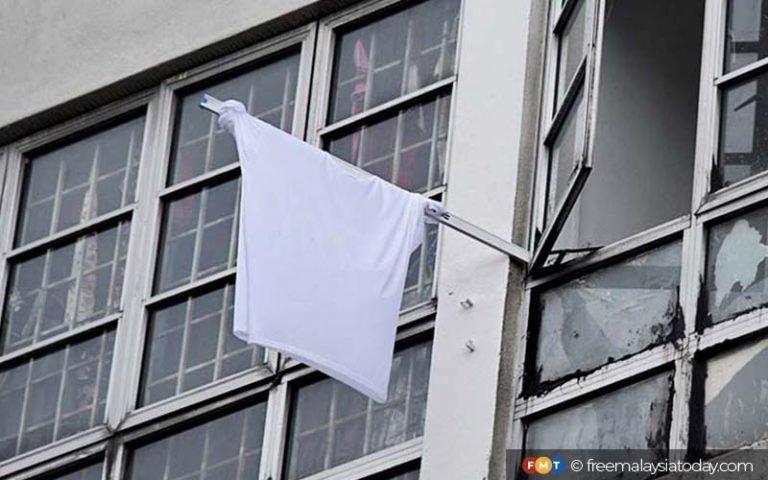 White-flag-768x480-1.jpg