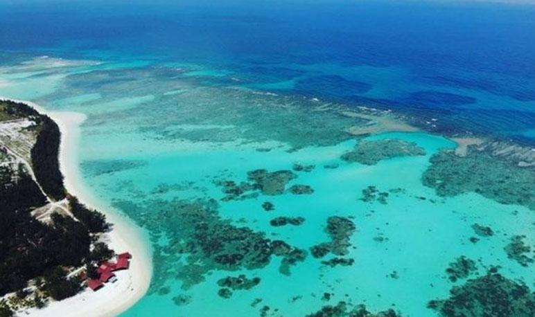 Pulau-Mengalum.jpg